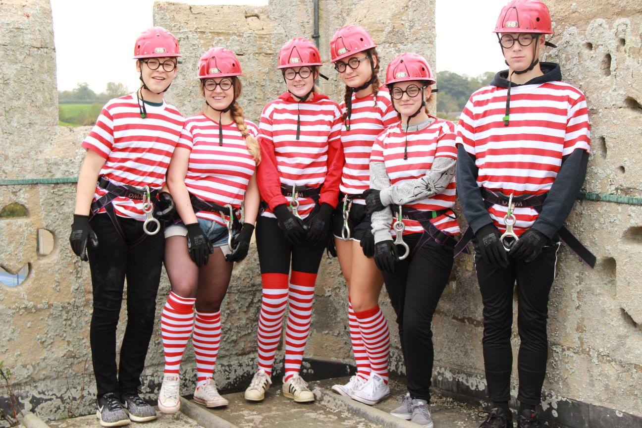 4 abseil teams were recruited from local Scout groups