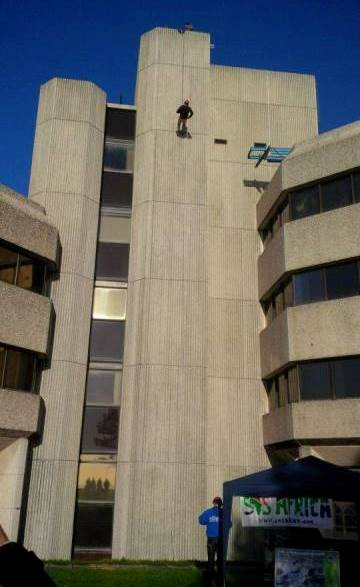 Swansea Civic Centre Christmas Abseil Fundraising Event Raises £9500 for African Education Charities