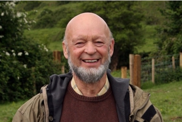 Michael Eavis will open SOS Africa's new shop and office on April 19th
