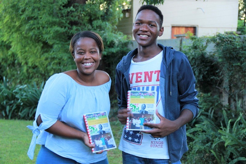 Kelebogile and Olebogeng received their Leavers Books from SOS Africa